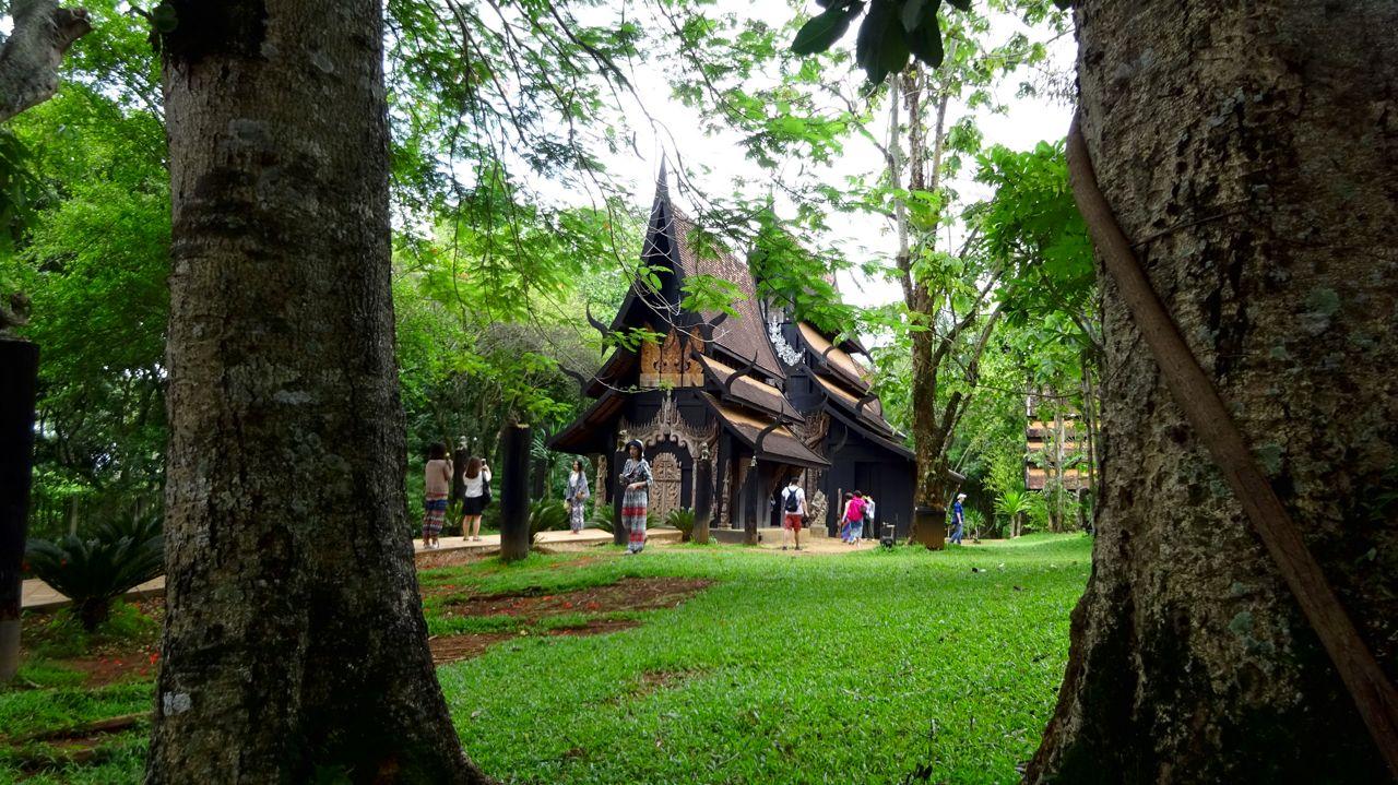 fotos de la casa negra Chiang Rai