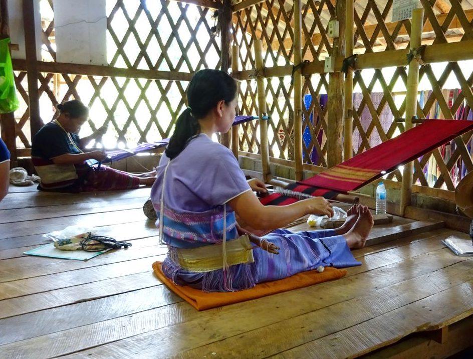 Poblado etnia Karen que vive en el Parque Nacional Doi Inthanon